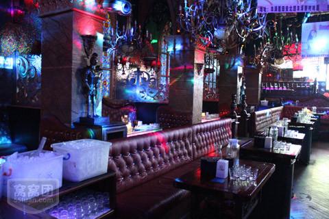 南宁黑石塔酒吧图片