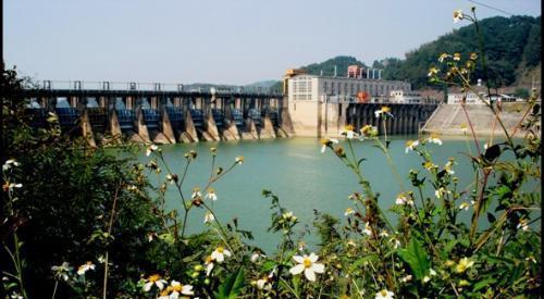西津湖旅游风景区位于横县县城西南