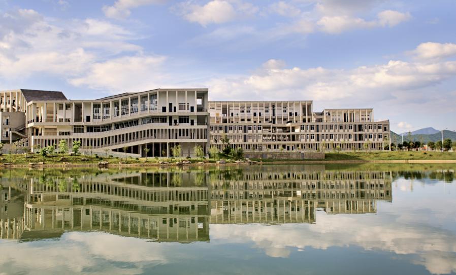 电子科技大学 校内风景